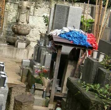 専称寺(沖田総司の墓).jpg