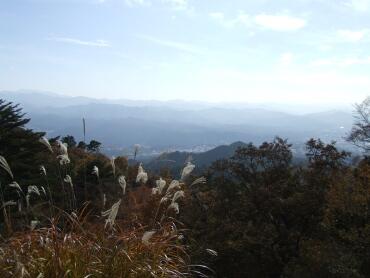高取城から高野山方面を望む.jpg