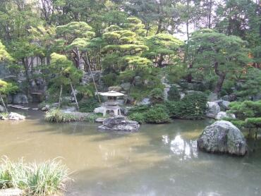 諸戸氏庭園2.jpg