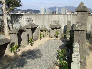祖父の墓.jpg