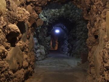 洞窟観音5.jpg