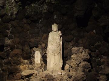 洞窟観音6.jpg