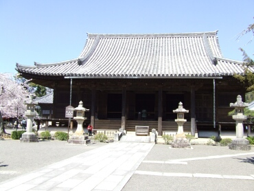 道成寺本堂(重要文化財).jpg