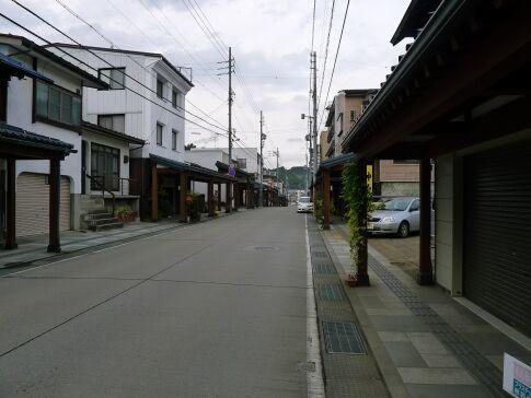 仏壇通り2.jpg