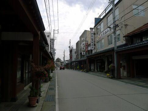 仏壇通り3.jpg