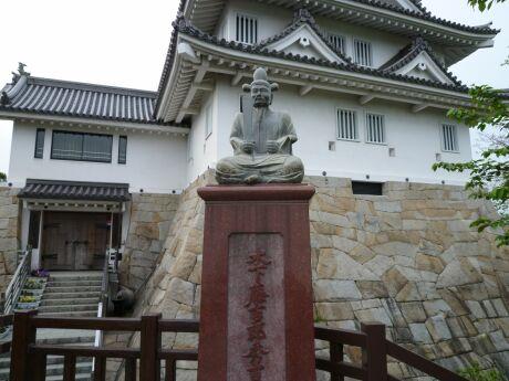 墨俣城 秀吉像.jpg