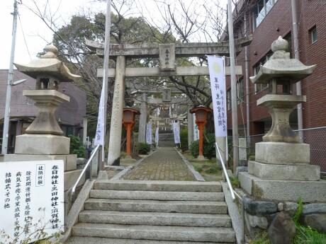 春日神社 黒崎1.jpg