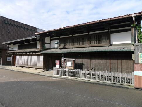 東岩瀬の町並み 森家.jpg