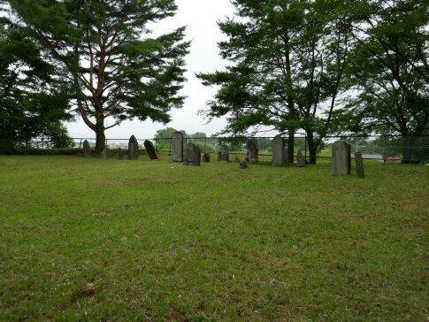 津田家墓地.jpg