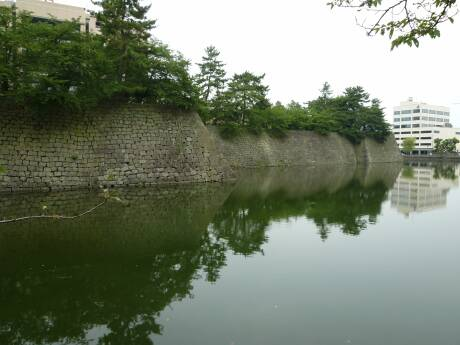 福井城 堀.jpg