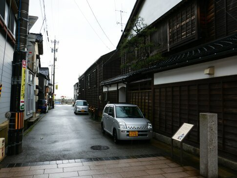 輪島朝市通り4.jpg