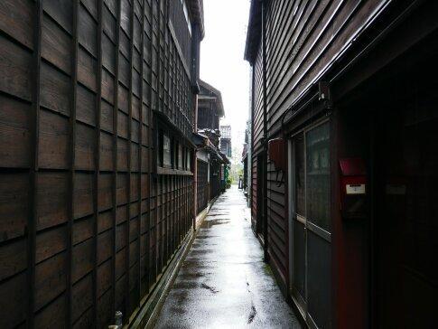 輪島朝市通り6.jpg