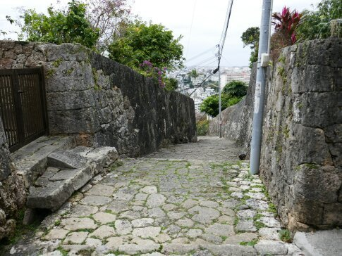金城町石畳道2.jpg