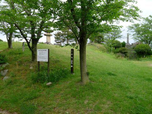 鹿野城 二の丸.jpg