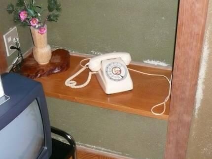 寿旅館 電話が良いですね〜.jpg