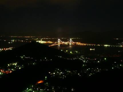 測量山夜景