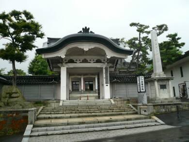 東本願寺函館別院山門