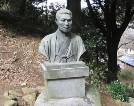 法蔵寺(岡崎)近藤勇胸像.jpg
