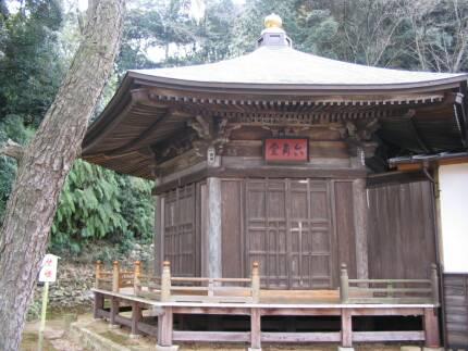 法蔵寺(岡崎)六角堂.jpg