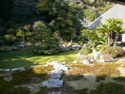 本興寺 庭園2.jpg