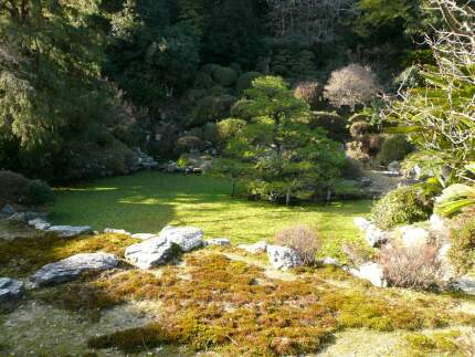 本興寺 庭園1.jpg