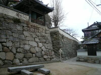 満舟寺石垣
