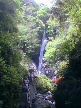 洒水の滝 19990509.jpg