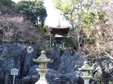 石山寺の奇岩