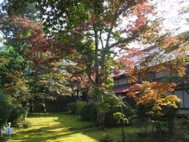格知学舎の紅葉