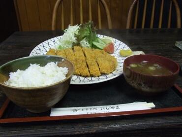 ジャンボカツ定食