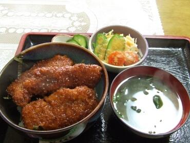 千里のソースカツ丼