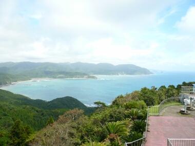 都井岬灯台から
