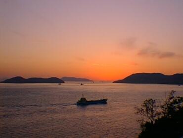 瀬戸内海の夕暮れ