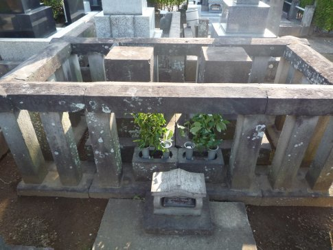 03高徳寺 新井白石の墓3.jpg