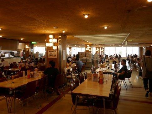 05マルカンビル大食堂2.jpg