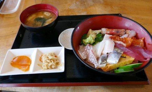 15くさの根 海鮮丼(上).jpg