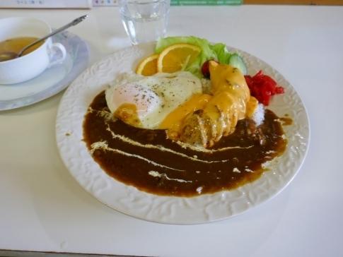 18赤平駅前食堂でカレー.jpg