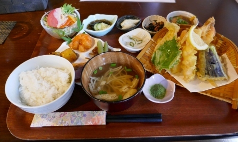 21公ノ庵の昼食.jpg