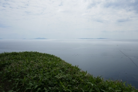 33羅臼から国後島を見る.jpg