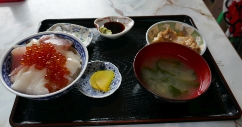 45ぬいどう歌舞伎丼.jpg