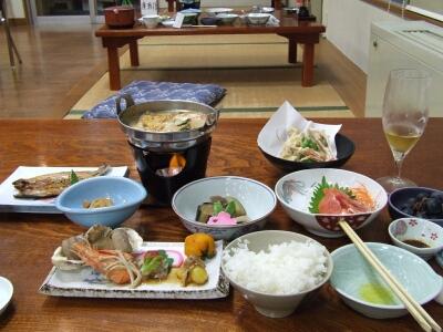 なかやま荘夕食.jpg