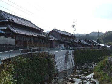 一志町コの口集落.jpg