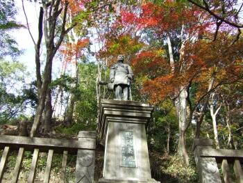 東郷公園乃木希典像.jpg