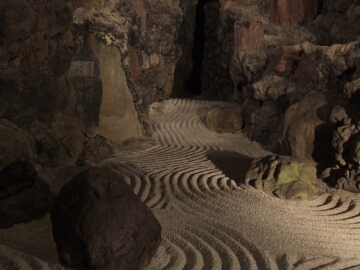 洞窟観音4.jpg