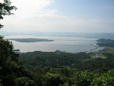 枕木山より大根島を望む.jpg