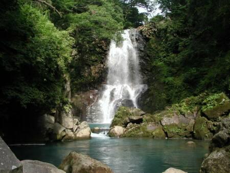 奈曽の白滝.jpg