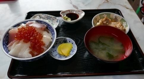 ぬいどう食堂2.jpg