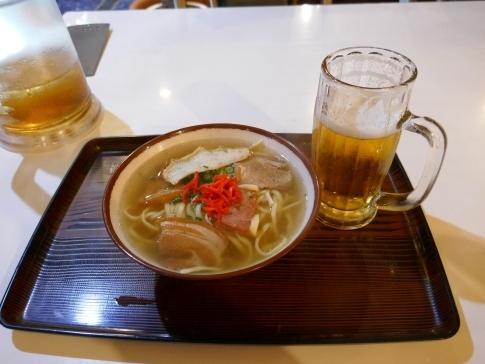 まきし食堂 沖縄そば.jpg