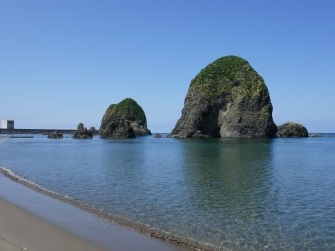 三本杉岩2.jpg
