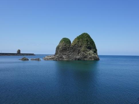 三本杉岩4.jpg